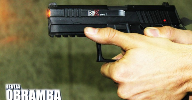 Prva slovenska pištola Rex zero1