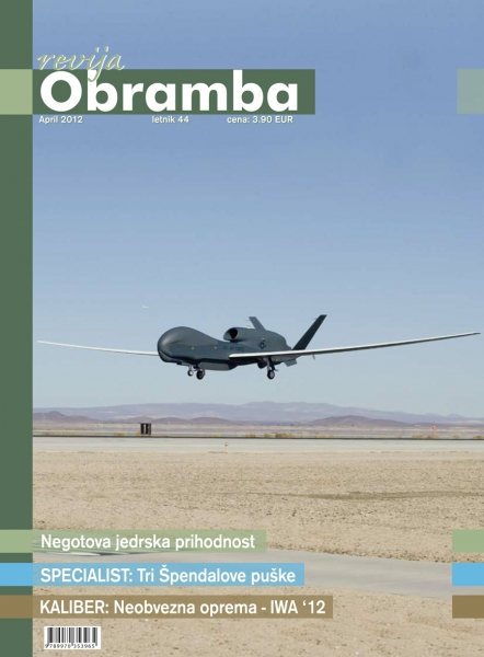 Revija Obramba april 2012