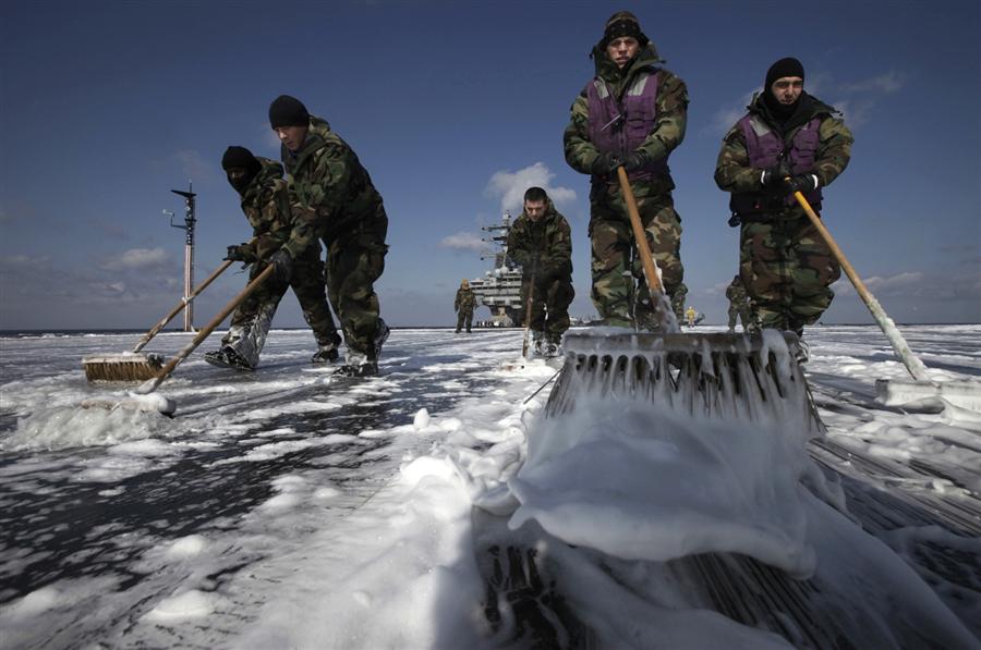 Dekontaminacija letalonosilke USS Donald Reagan blizu Fukušime