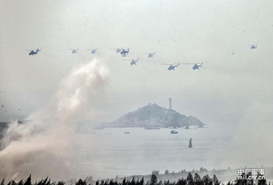 kitajske-vojaske-vaje-Mission-Action-2013-helikopterski-desant