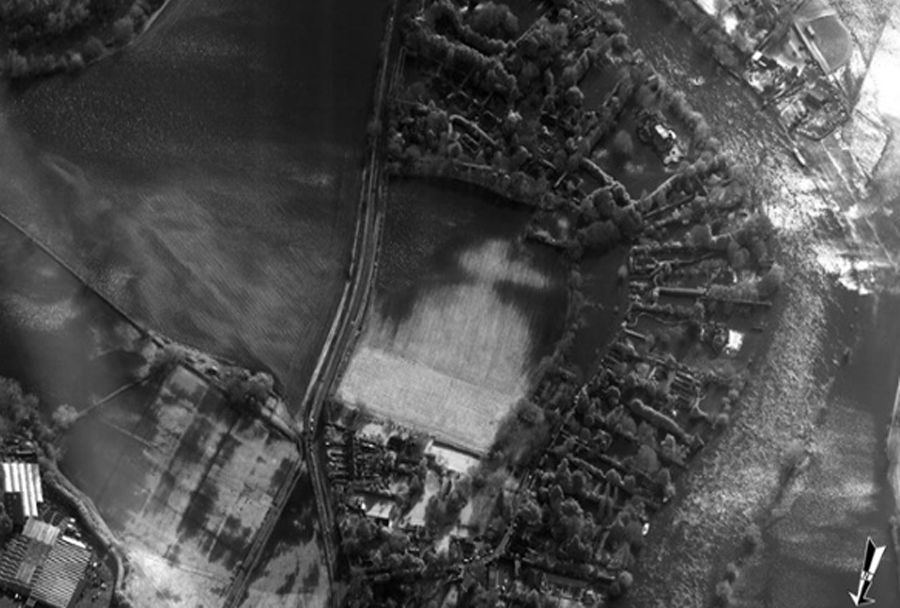 Poplave reke Temza - aerofoto posnetek iz letala tornado GR4
