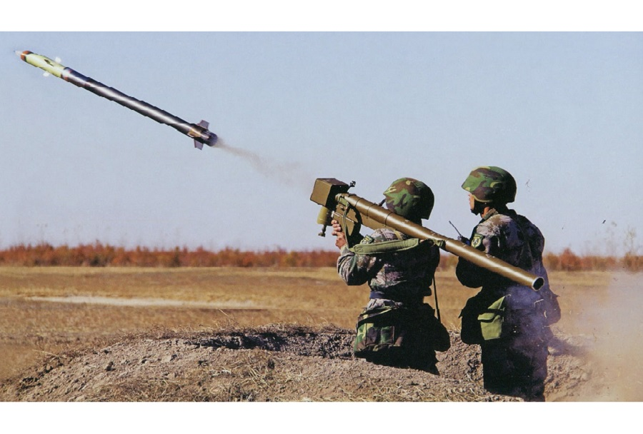 Kitajski prenosni protiletalski raketni sistem FN-6