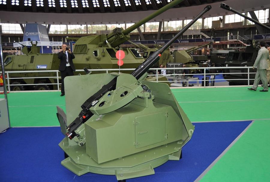 Top Zastava 30mm za oklepnik LAZAR II 8x8