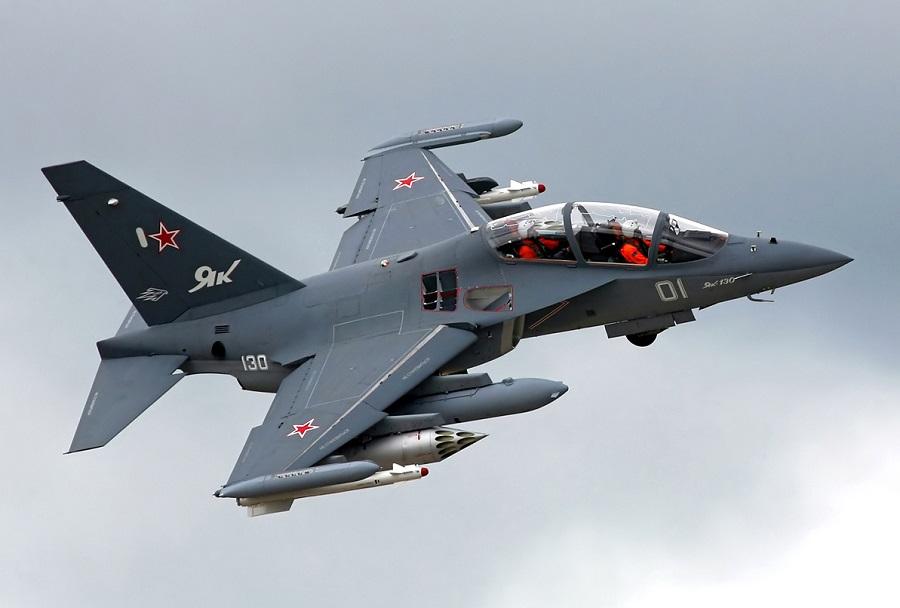 Rusko trenažno letalo Jak-130