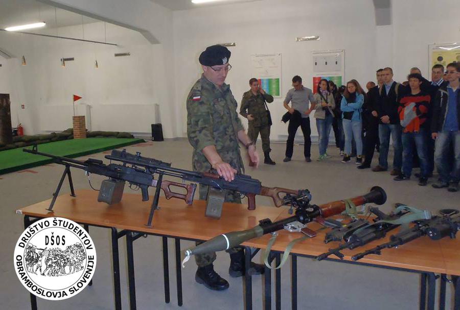 Društvo študentov obramboslovja Slovenije (DŠOS)