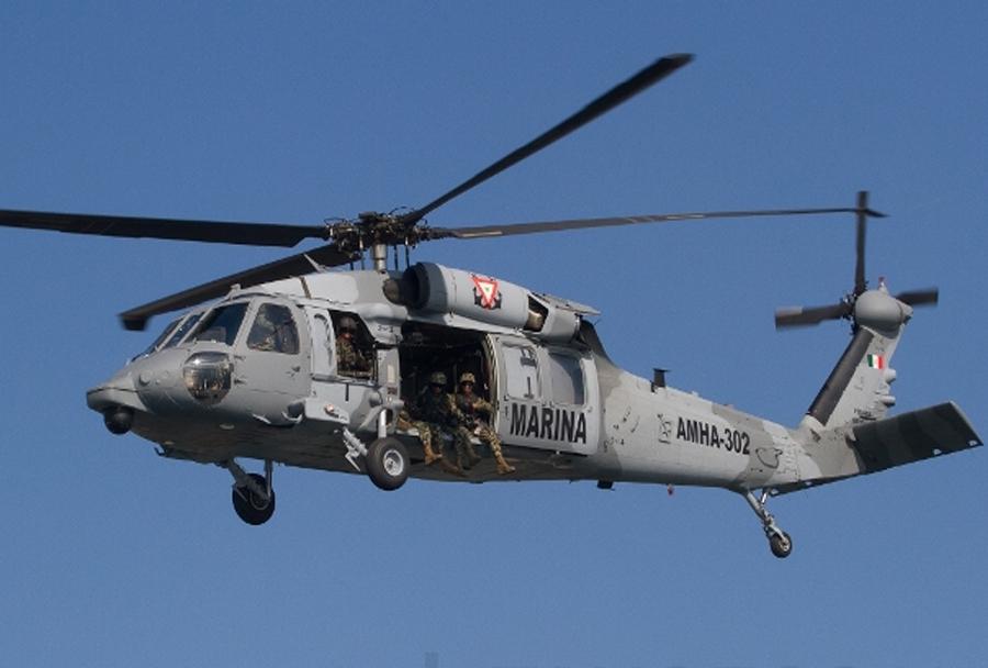 Mehiški marinci - helikopter Sykorsky UH-60 black hawk