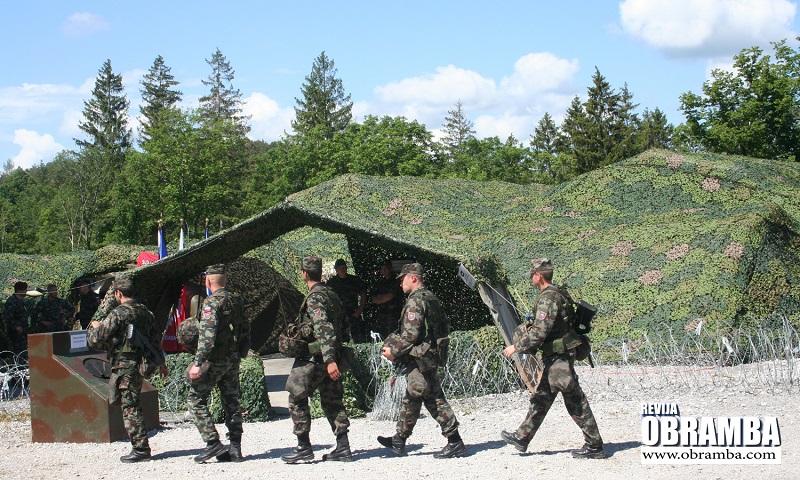 - Slovenska vojska vojaška vaja Premik 2013
