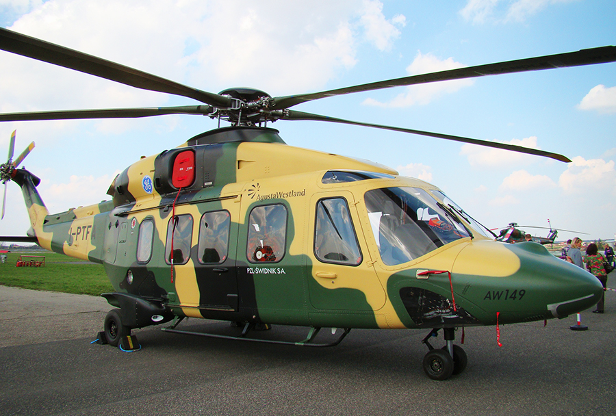Večnamenski helikopter AW149 swidnik