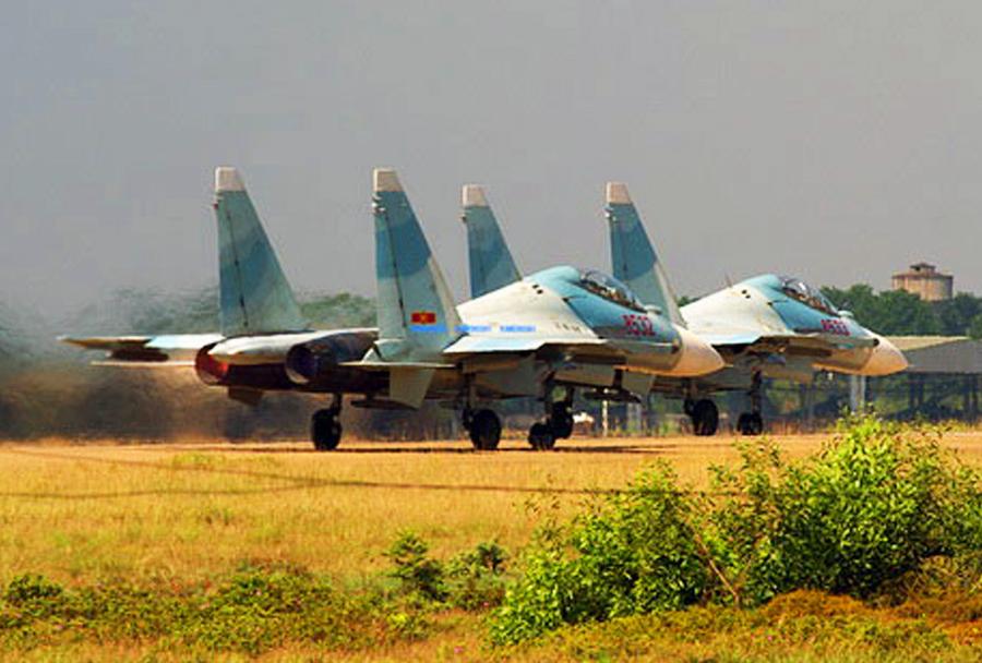 Vietnamska lovca Su-30