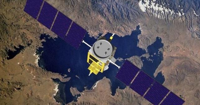 Nad ZDA naj bi razneslo ruski vojaški satelit Kosmos-2495