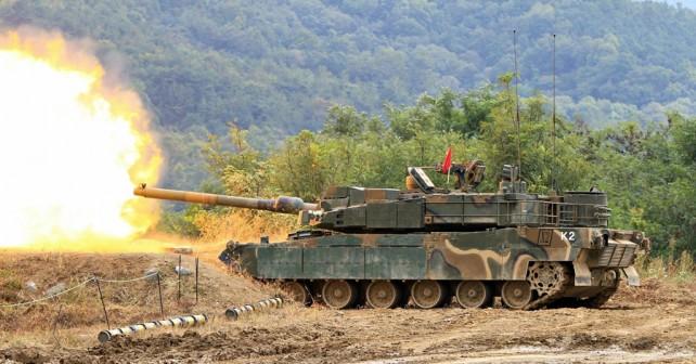 Južnokorejski tank K2 black panther na strelišču