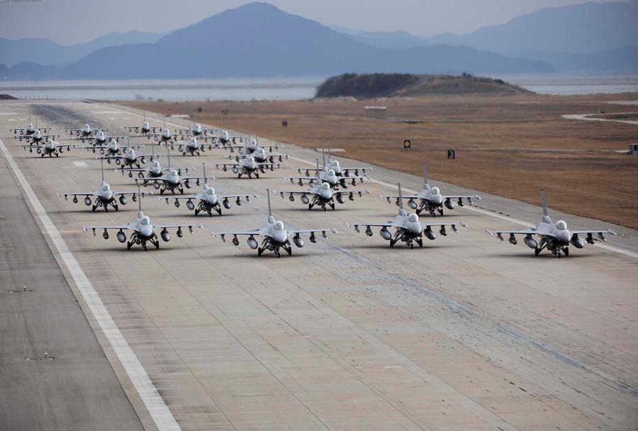 Lovska letala F-16