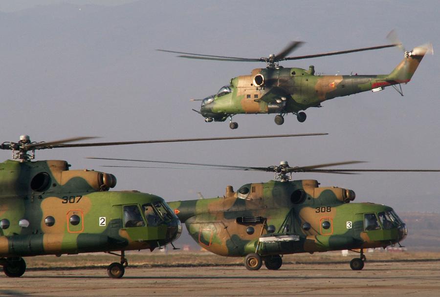 Makedonski helikopterji Mi-8 in Mi-24