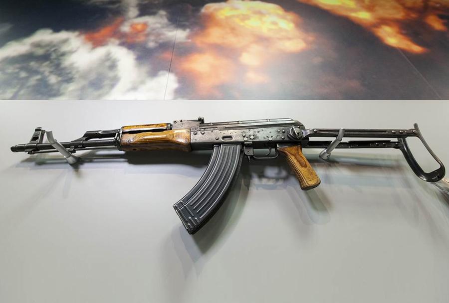 Muzej CIA: AK-47 kalašnikov od Osame bin Ladna