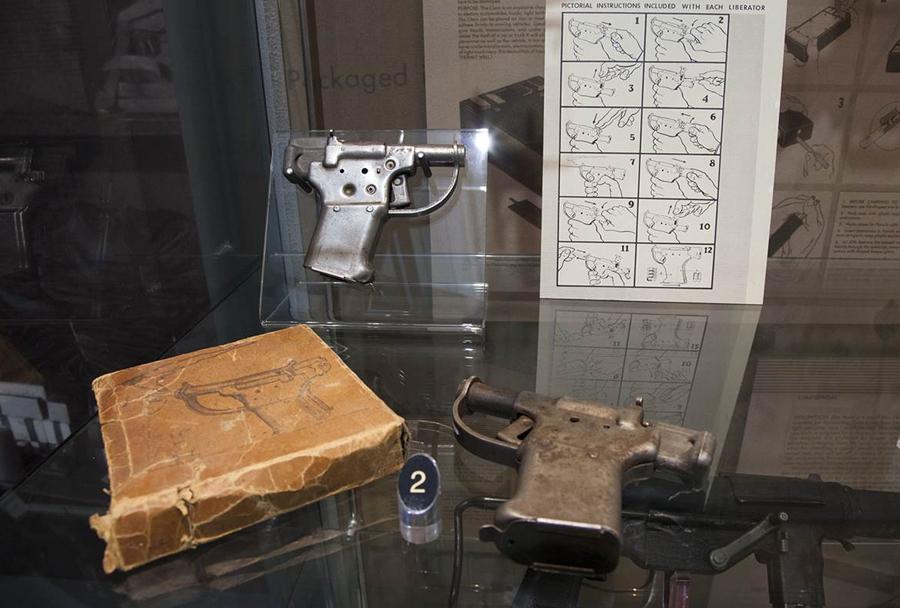 Muzej CIA: pištola FP-45 liberator iz 2. svetovne vojne