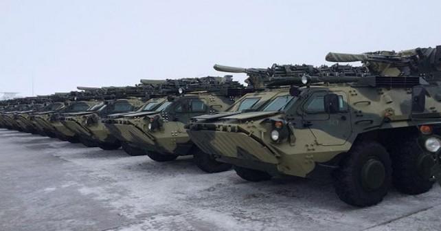 Ukrajinski oklepniki BTR-4E
