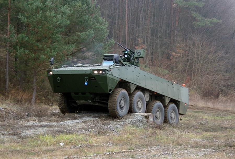 Hrvaška vojska - oklepno pehotno vozilo Patria AMV 8x8