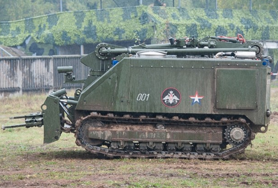 Rusko robotsko vozilo za gašenje uran-14
