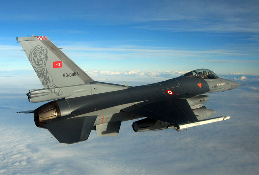 turski-lovec-F-16-