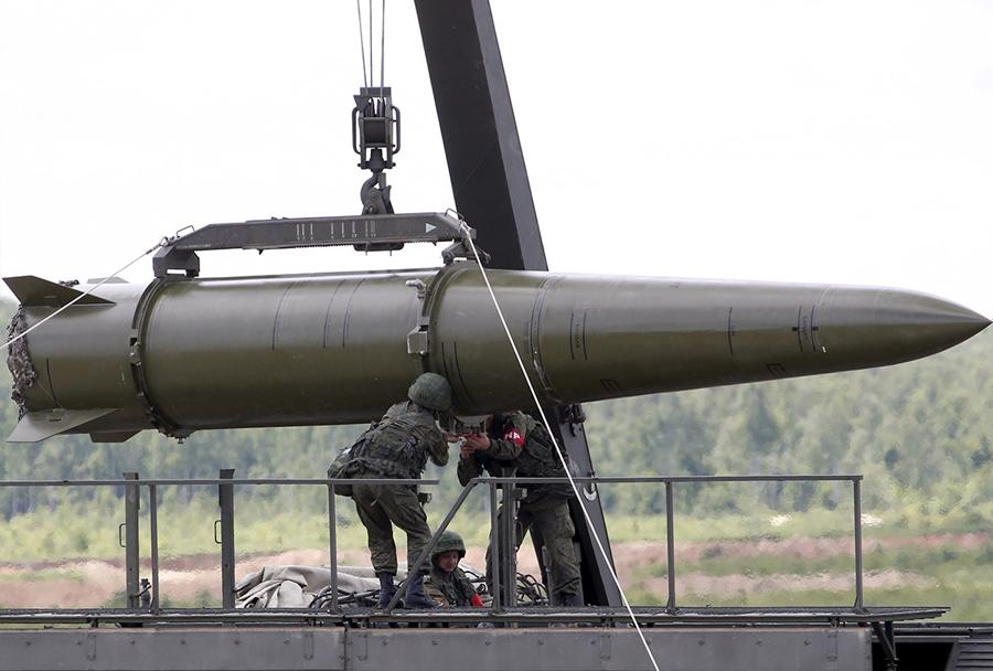 ARMADA 2015: raketni sistem iskander