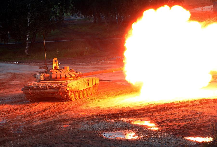 ARMADA 2015: tank T-90
