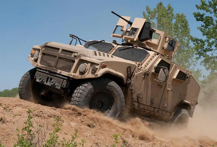 Konkurent - lahko taktično oklepno vozilo AM General JLTV BRV-O