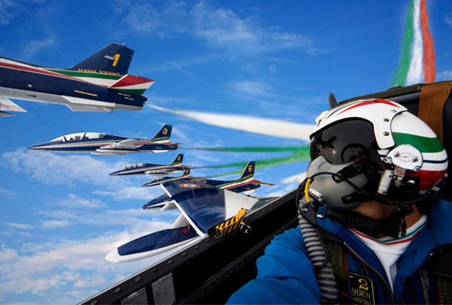 letalska akrobatska skupina Frecce Tricolori