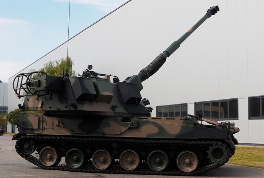 poljska-havbica-AHS-krab-155mm-