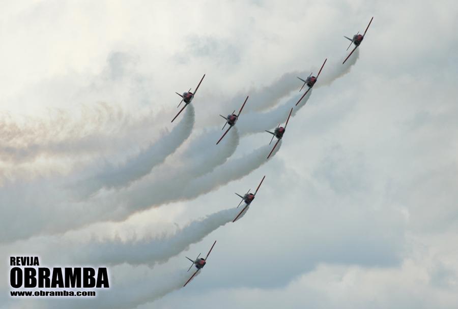 Rivolto 2015: akrobatska letalska skupina Patrulla Aguila