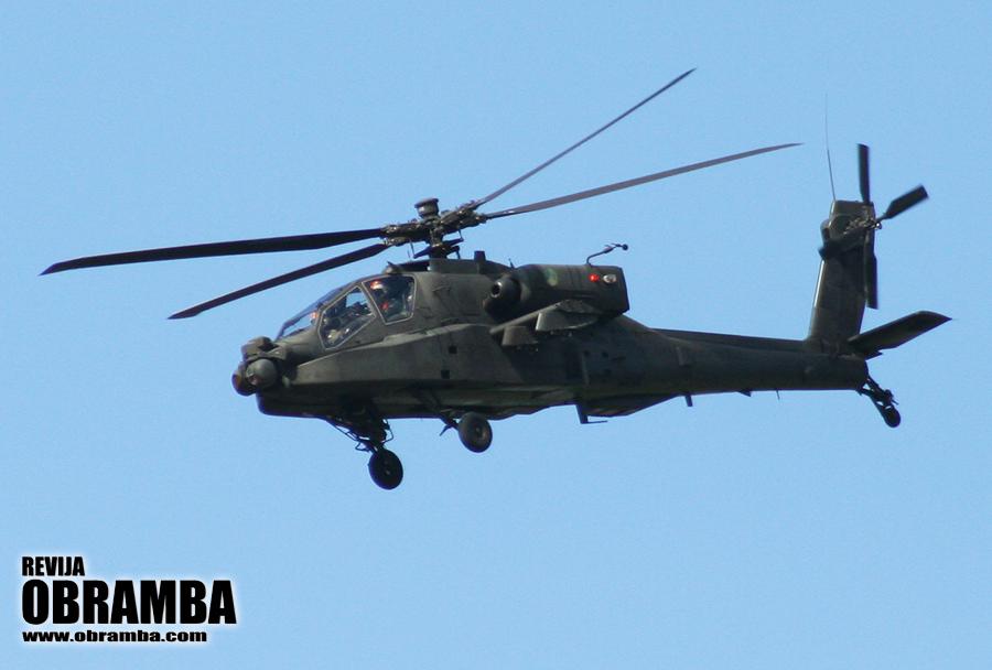 Rivolto 2015: nizozemski helikopter AH-64 apache