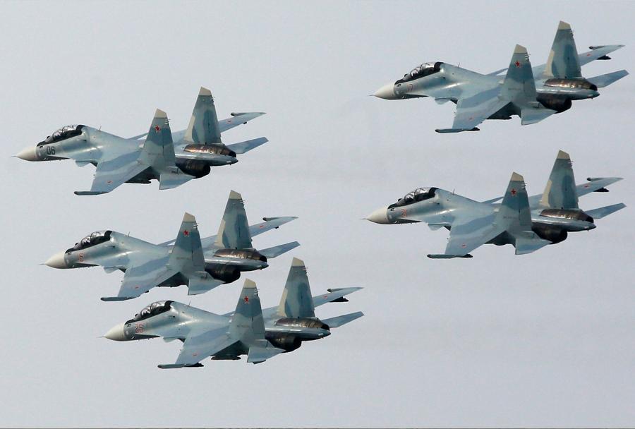 Ruski lovci Su-30SM