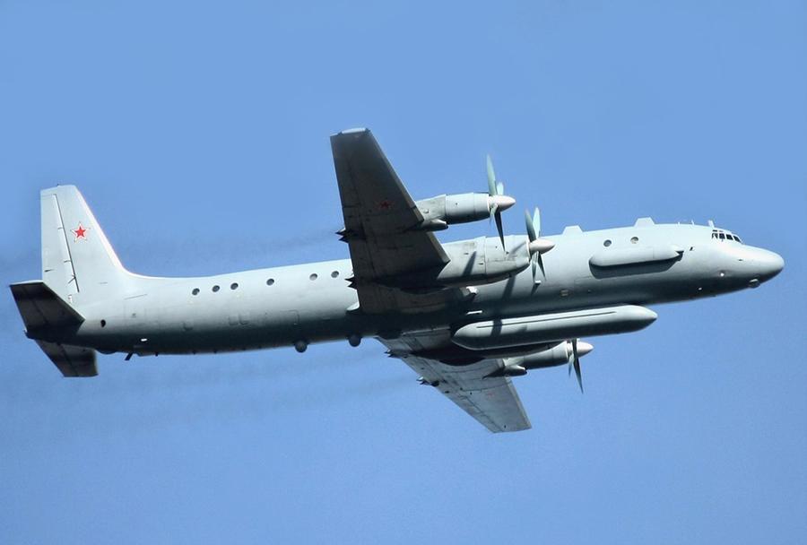 rusko izvidniško letalo Il-20M coot