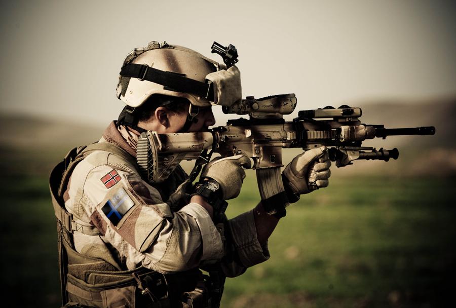puška HK G416
