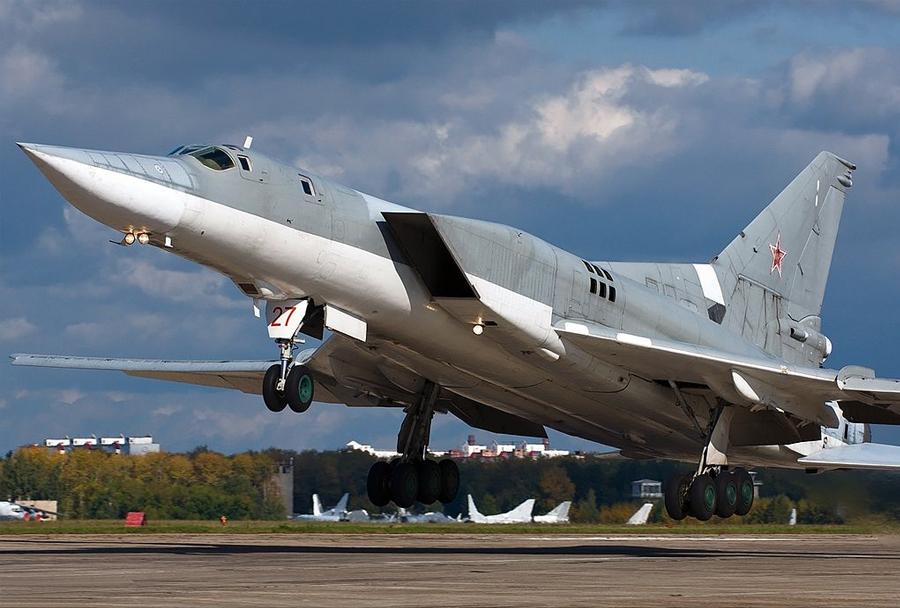 ruski bombnik Tu-22M3 backfire