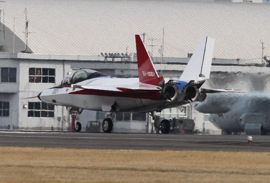 japonski-prototipni-lovec-ATD-X-X-2-testiranja