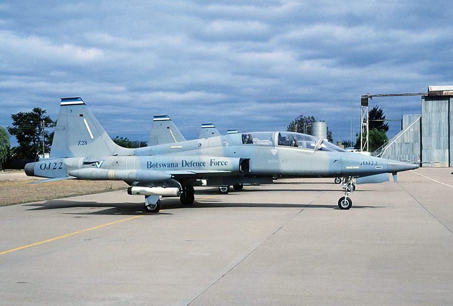 Bocvanski lovec F-5