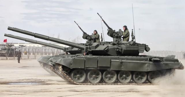tanki T-90
