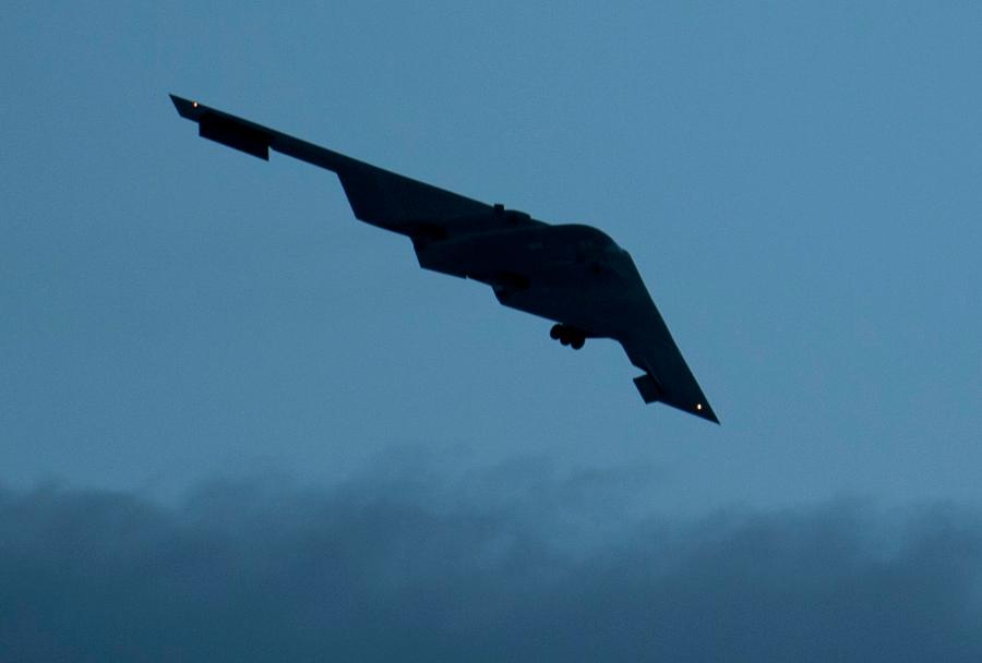 Bombnik B-2-spirit.