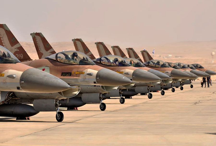 Izraelski lovci F-16 netz