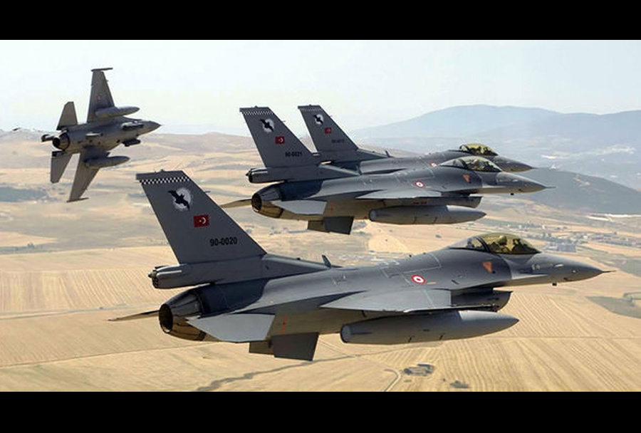 Turški lovci F-16.