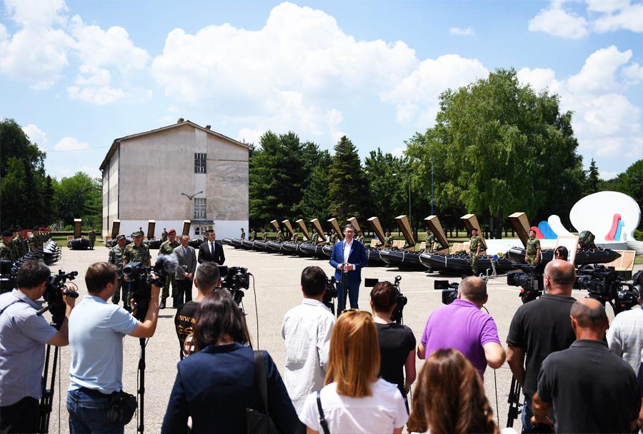 Kitajska donacija vojaške opreme za Vojsko Srbije - Pančevo