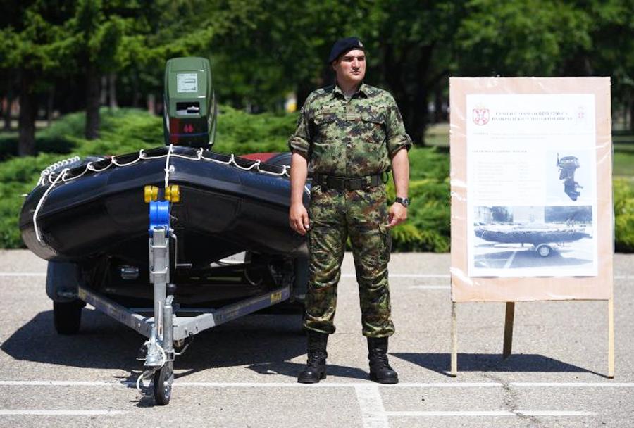 Kitajski gumenjak za Vojsko Srbije