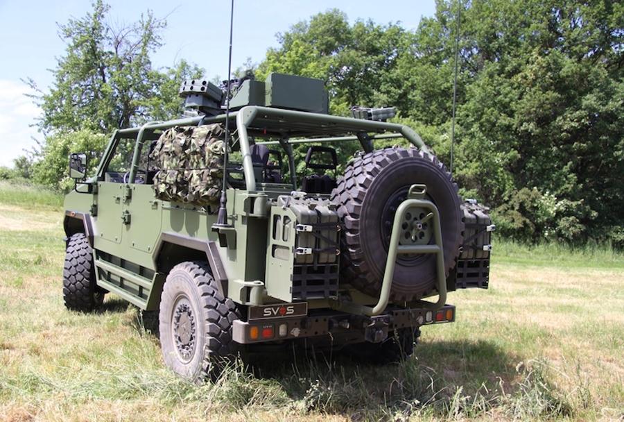 Vojaško terensko vozilo perun 4x4
