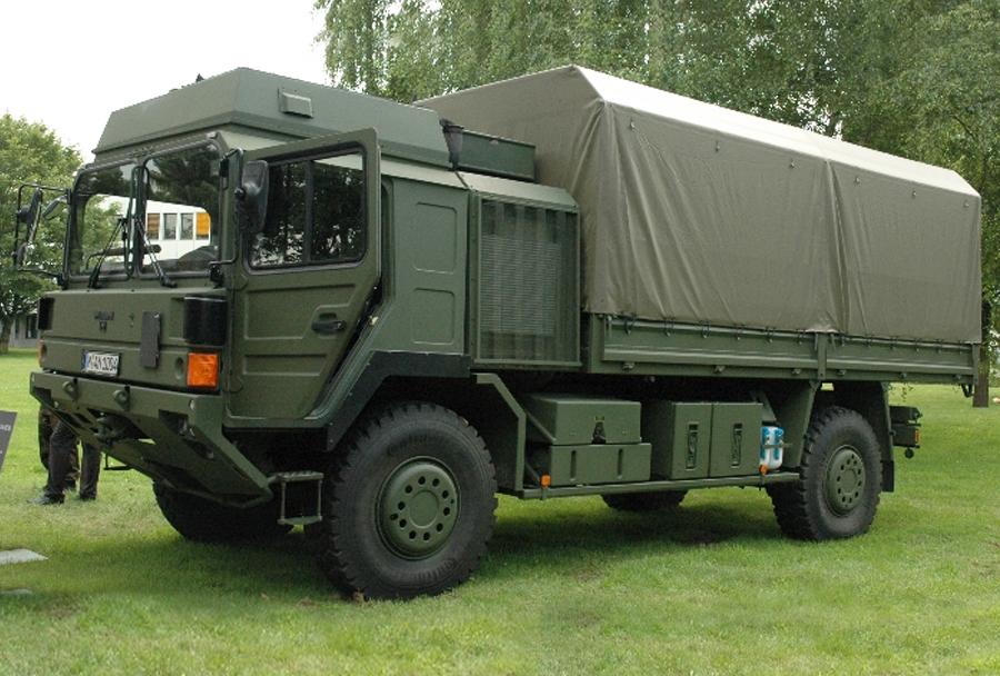 Vojaški tovornjak HX2 4x4