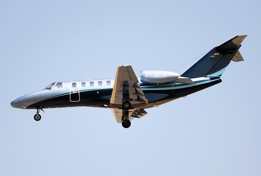 Poslovno letalo Cessna 525A citation jet CJ2+ nemškega prevoznika MHS Aviation z registracijo  D-IMHA je priletelo v Skopje 7. avgusta popoldne. (Foto: I. Bozinovski)