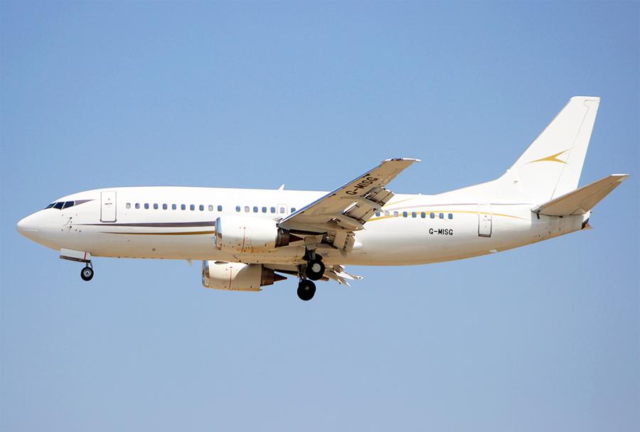 VIP verzija Boeinga 737-3L9 prevoznika Cello Aviation z registracijo G-MISG je iz Madrida priletelo v Skopje na letu CLJ 827 7. avgusta ob 14.10 (Foto: I. Božinovski)