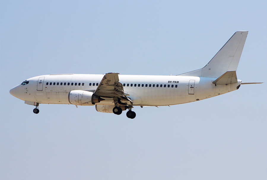 Letalo Boeing 737-33A(QC) prevoznika Maleth-Aero z registracijo 9H-PAM je iz Manchestra na letu MT 741 priletelo v Skopje 8. avgusta 2017 ob 11.14. (Foto: D. Cvetić)