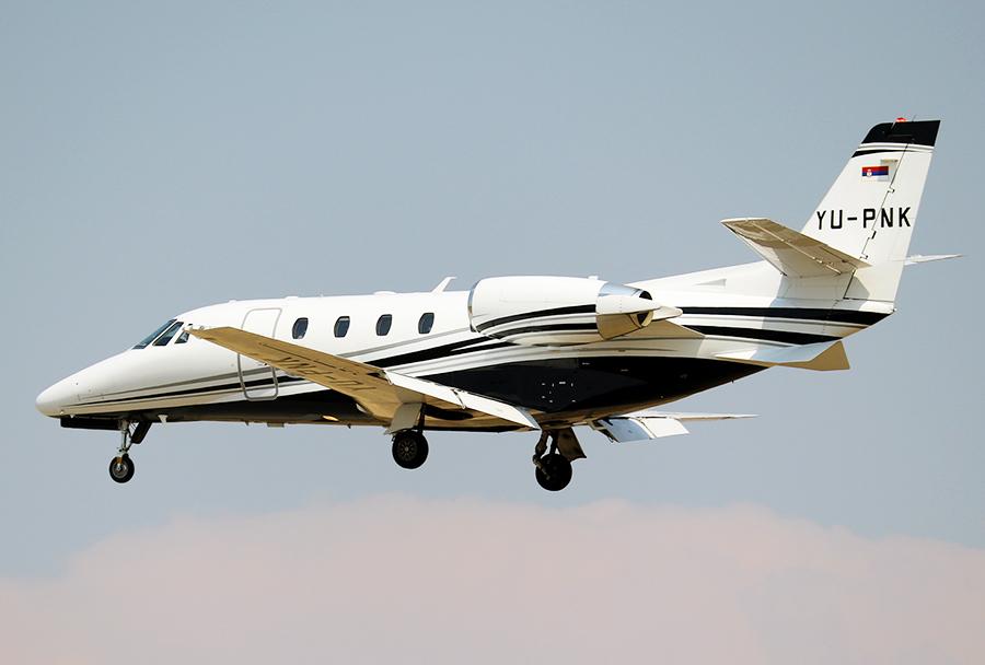 Air Pinkova poslovna Cessna 560XL citation XLS+ z registracijo YU-PNK je pristala v Skopju popoldne 8. avgusta 2017. (Foto: I. Božinovski)
