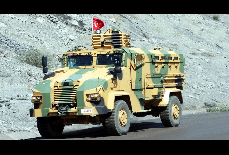 Turško protiminsko zaščiteno oklepno vozilo (MRAP) BMC kirpi 4x4
