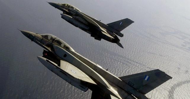 Grška lovca F-16